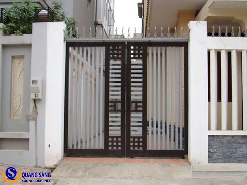 Cổng sắt Quang Sáng MCS-08