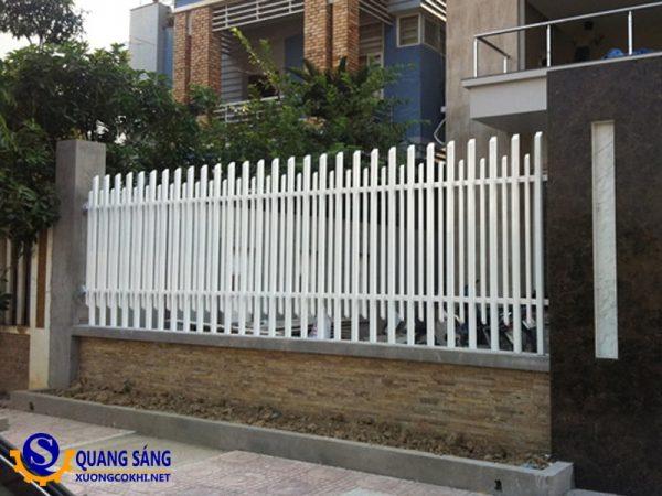 Hàng rào sắt Quang Sáng HRS-01