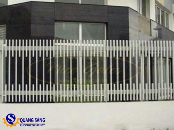 Hàng rào sắt Quang Sáng HRS-06