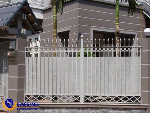 Hàng rào sắt Quang Sáng HRS-07