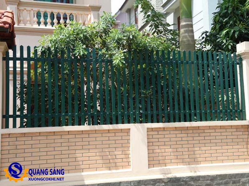Hàng rào sắt Quang Sáng HRS-10