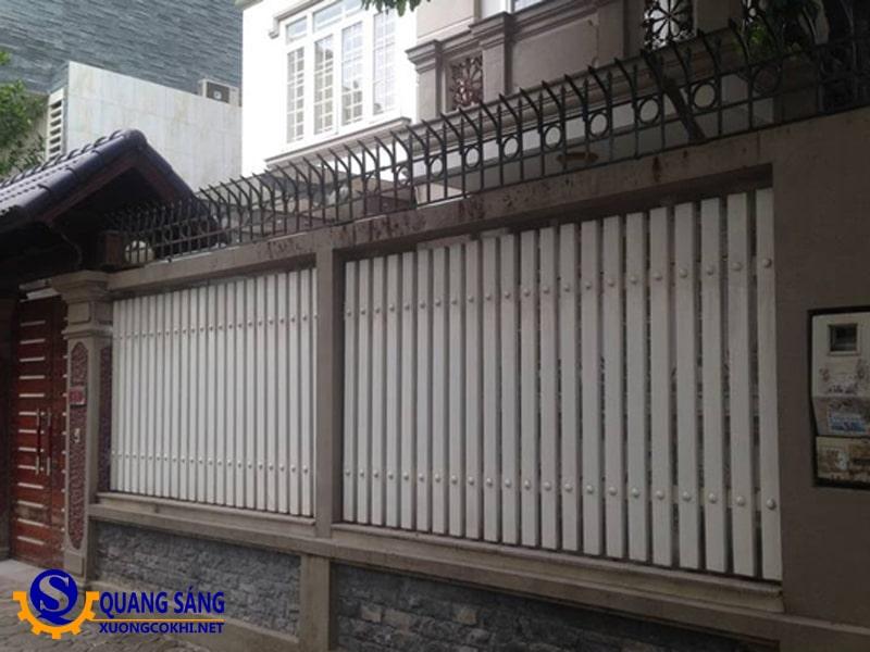 Hàng rào sắt Quang Sáng HRS-15