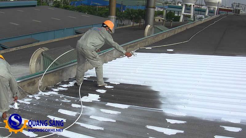 Sơn chống nóng mái tôn giảm được bao nhiêu độ C?